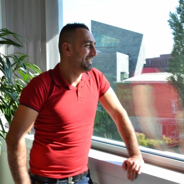 Bij Eindhoven voelt Murat Memis zich thuis