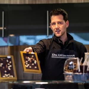 Eindhovens BESTE Noten- en chocolade specialist - De Olienoot