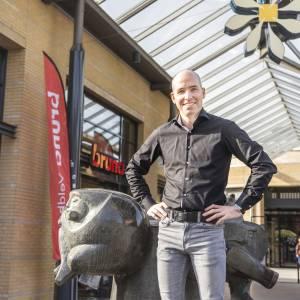 Hoe is het met Jean-Paul van den Tillaar? (Voorzitter van de  ondernemersvereniging in Citycentrum Veldhoven)