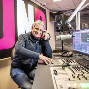 Hybrid Hugo bekend van club Hollywood kun je vanaf nu ook horen op radio JND!
