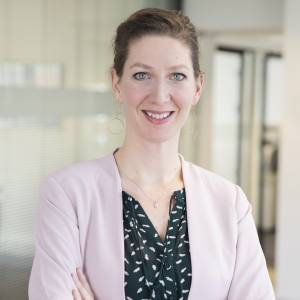 Hoe is het met Suzanne van den Bogaard, Schakenraad advocaten?