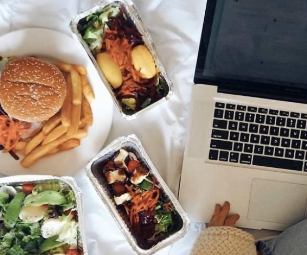 Branchebreed initiatief roept Nederlanders op thuis 'uit eten' te gaan
