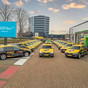 ŠKODA en Team Jumbo-Visma bundelen krachten: Van den Udenhout Lease voorziet schaats- en wielerploeg van compleet wagenpark